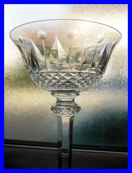 coupe a champagne cristal saint louis tommy 1930 stock 0. Black Bedroom Furniture Sets. Home Design Ideas