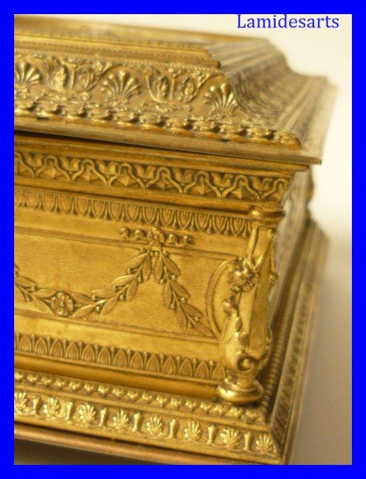 coffret boite a bijoux bronze dore napoleon iii 1880. Black Bedroom Furniture Sets. Home Design Ideas