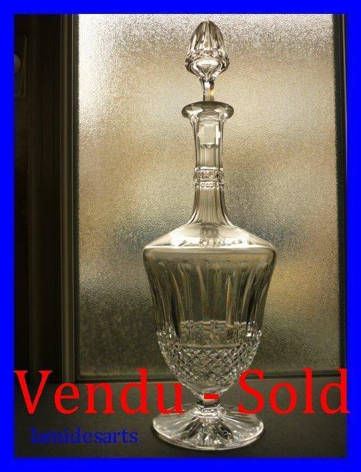carafe a vin cristal de saint louis tommy. Black Bedroom Furniture Sets. Home Design Ideas