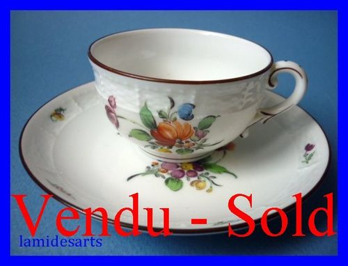 Tasse Porcelaine de Nymphenburg 1900 b