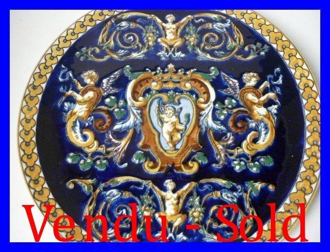 Faience de gien plat a gateaux decor renaissance for Faience prix