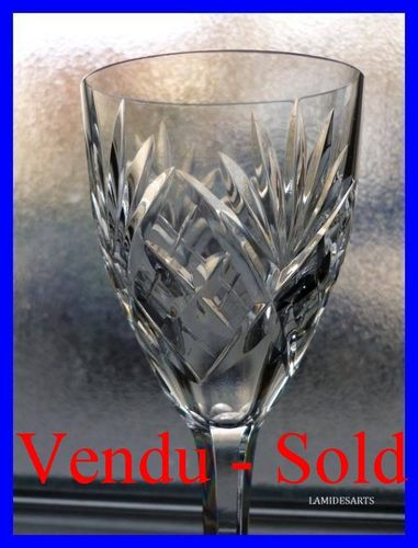 VERRE A VIN CRISTAL DE SAINT LOUIS CHANTILLY 15,2 cm       stock: 0