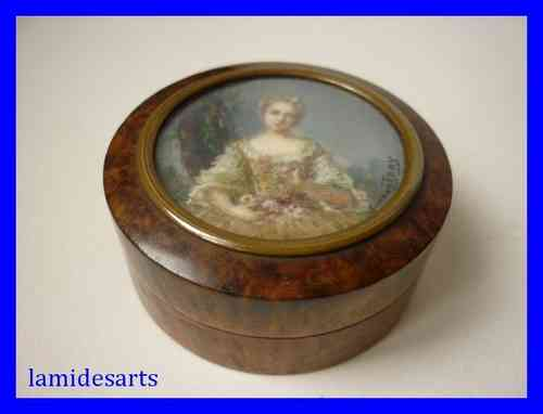 WOODEN BOX WITH MINIATURE PORTRAIT PAINTING ON IVORY