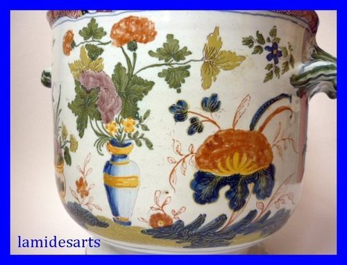 ROUEN SINCENY SUPERBE CACHE POT EN FAIENCE XVIII SIECLE