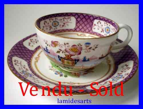 TASSE A THE PORCELAINE ANGLAISE STYLE MINTON 1880 - 1900