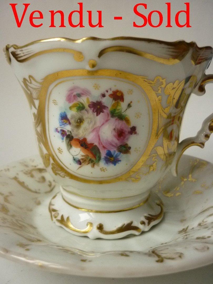 grande tasse dejeuner chocolat porcelaine paris 1850. Black Bedroom Furniture Sets. Home Design Ideas