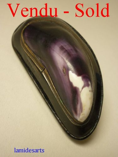 19th century mussel shell snuff box