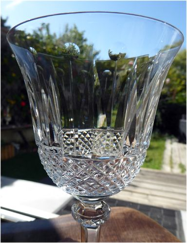 SAINT LOUIS CRYSTAL TOMMY BURGUNDY WINE GLASS 17 cm   stock: 11