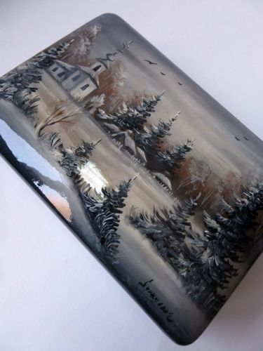FEDOSKINO RUSSIAN LACQUER BOX HAND PAINTED SIGNED SNOW LANDSCAPE CHURCH