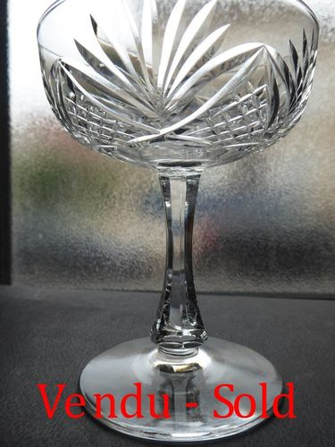 SAINT LOUIS CRYSTAL CHAMPAGNE GLASS    MOSELLE PATTERN  stock: 0