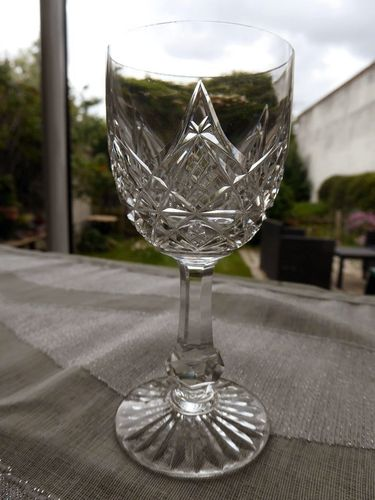 BACCARAT COLBERT CRYSTAL WINE GLASS 11,5 cm    stock: 17