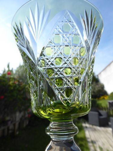 SAINT LOUIS VOLOGNE CRYSTAL HOCK WINE GLASS light green  Stock: 1