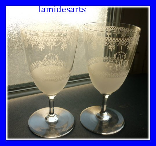 2 verres a pied en cristal de baccarat epoque napoleon iii 1850. Black Bedroom Furniture Sets. Home Design Ideas