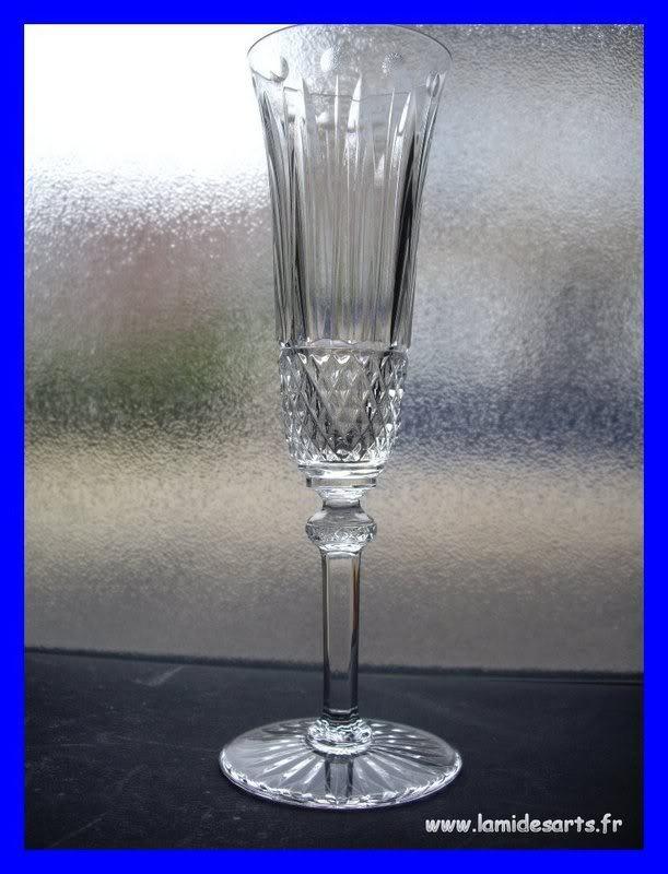 cristal saint louis tommy flute a champagne 20 5 cm stock 0. Black Bedroom Furniture Sets. Home Design Ideas