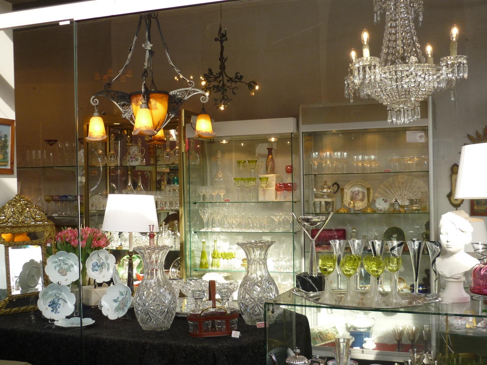 notre boutique aux puces de paris saint ouen. Black Bedroom Furniture Sets. Home Design Ideas