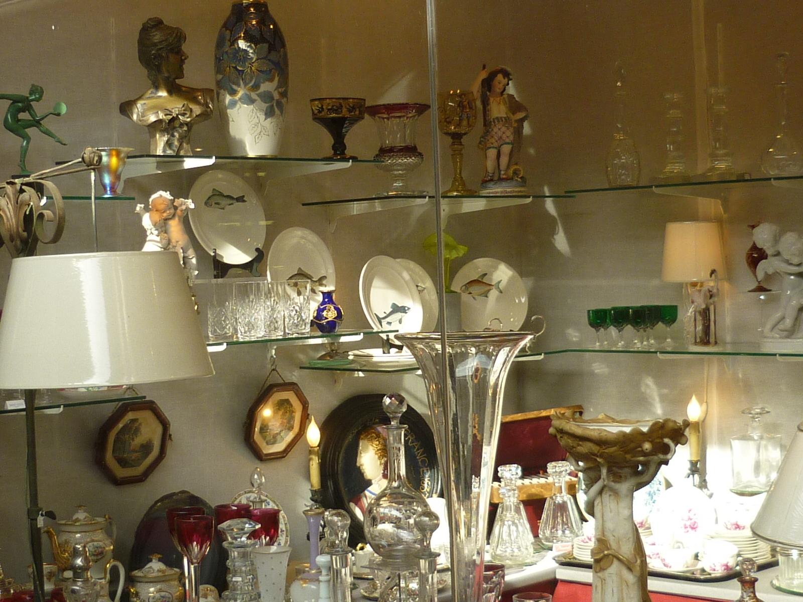 Notre boutique aux puces de paris saint ouen - Boutique brocante paris ...