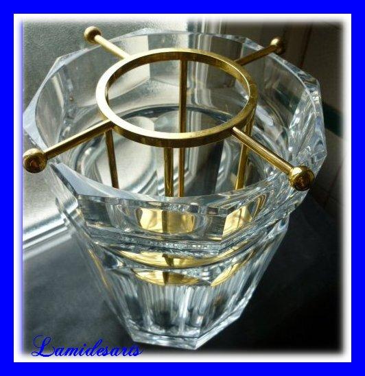 cristal de baccarat seau a champagne monture metal dore. Black Bedroom Furniture Sets. Home Design Ideas