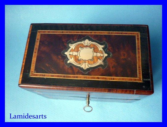 coffret a senteur cave a parfum napoleon iii marqueterie 3 flacons cristal dore 1850. Black Bedroom Furniture Sets. Home Design Ideas
