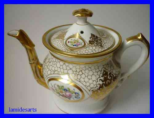 1850's PARIS PORCELAIN TEA POT