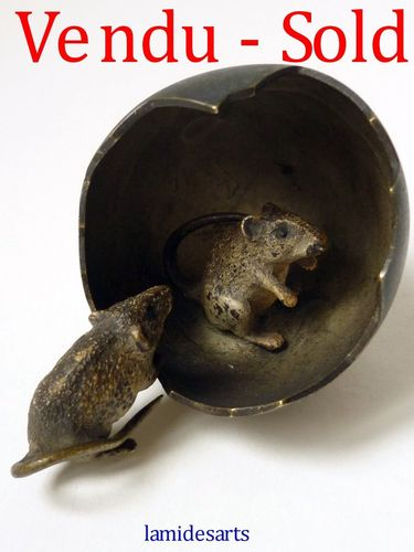 Rare Cold Painted Vienna Bronze   two mouses playing with an egg