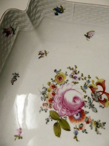 SUPERB HAND PAINTED HEREND HUNGARY PORCELAIN BOWL DISH