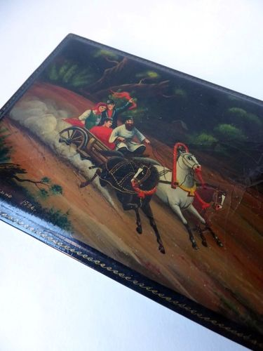 FEDOSKINO RUSSIAN LACQUER BOX TROIKA HAND PAINTED SIGNED 1994