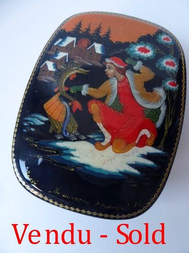 Hand Painted Kholui Russian Lacquer Box 1980 - 1990