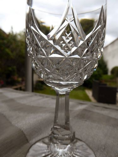 BACCARAT COLBERT CRYSTAL WINE GLASS 12,8 cm    stock: 8